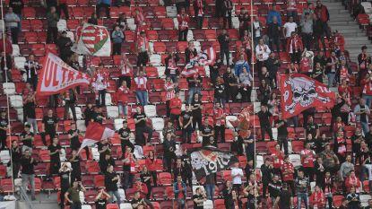 Hongaarse fans mogen hun voetbalhelden weer voortstuwen in stadion, één zitje op vier bezet