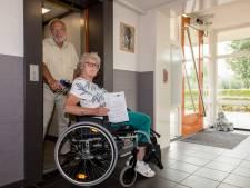 Twee weken geen lift voor hurende senioren:  'Misschien kunt u bij familie logeren?'