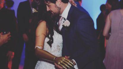 Betoverende huwelijksfoto laat ontroerende bijzonderheid bij bruid zien
