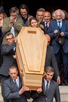 La surprenante tenue de Jean-Pierre Mocky dans son cercueil