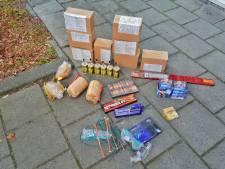 Grote hoeveelheid zwaar illegaal vuurwerk gevonden in twee Oisterwijkse woningen