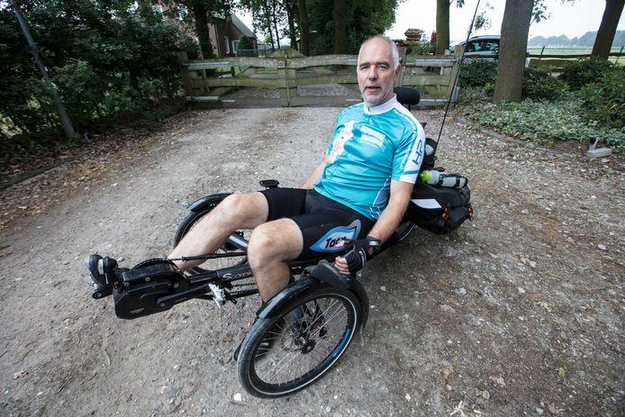Parkinsonpatient Ruud Overes uit Eersel gaat in 80 dagen 10.000 kilometer fietsen