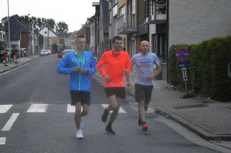 Enkele deelnemers tijdens de Stratenloop.