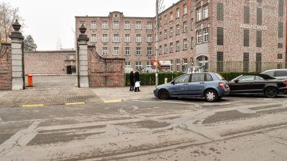 Onderzoek naar publieke parking aan Abdijschool