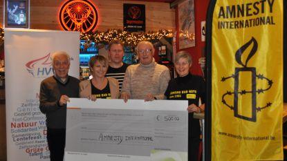 Humanistisch Verbond Willebroek schenkt 500 euro aan Amnesty International