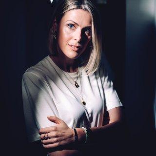 ▶︎ Vlaanderens invloedrijkste modeblogster: 'Ik wil later niet denken: ik heb al mijn tijd verspeeld op Instagram'