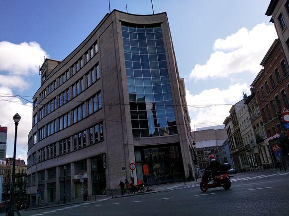 Het oude Belgacomgebouw vlakbij de Zavel.