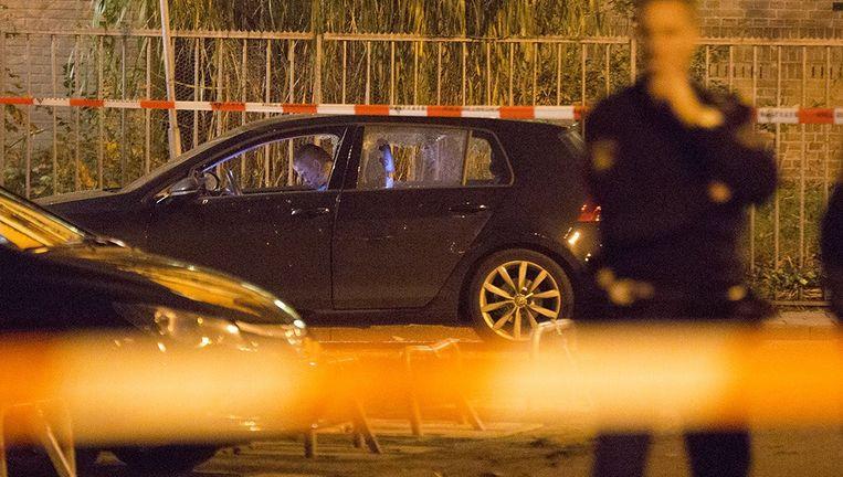 Op een parkeerterrein bij de Meerstraat in Beverwijk werd Hans Nijman in zijn auto geliquideerd. Beeld Michel van Bergen