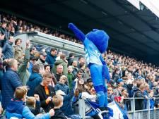 Geen compensatie voor één of twee jaar of kiezen voor 'zekerheid'? Seizoenkaarthouders PEC Zwolle kunnen vanaf zaterdag verlengen