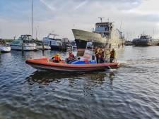 Zo maakten reddingsbrigades van drenkeling redden een wedstrijd in de haven van Urk