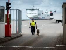 Marechaussee pakt in Frankrijk gezochte crimineel op in haven van Hoek van Holland