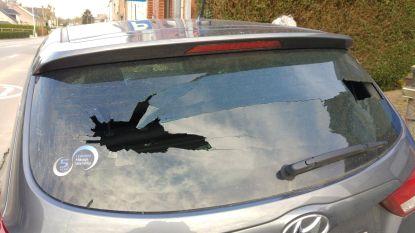 Opnieuw meerdere ruiten beschoten met projectiel, voor het eerst ook verdacht voertuig opgemerkt