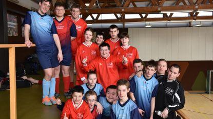 Odisee-studenten organiseren voetbaltoernooi voor mensen met beperking