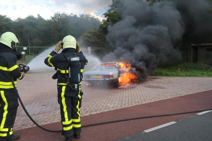 Autobrand in Molenschot.