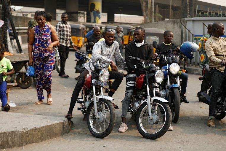 Motortaxi's zijn sinds 1 februari niet meer welkom in Lagos.  Beeld Reuters