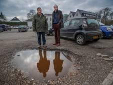 'Levensgevaarlijk' parkeerterreintje bij Hofdael in Geldrop krijgt opknapbeurt