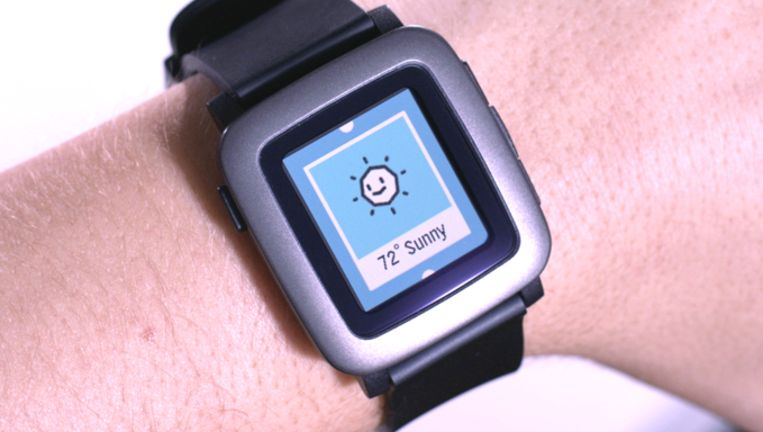 De Pebble Time-smartwatch.