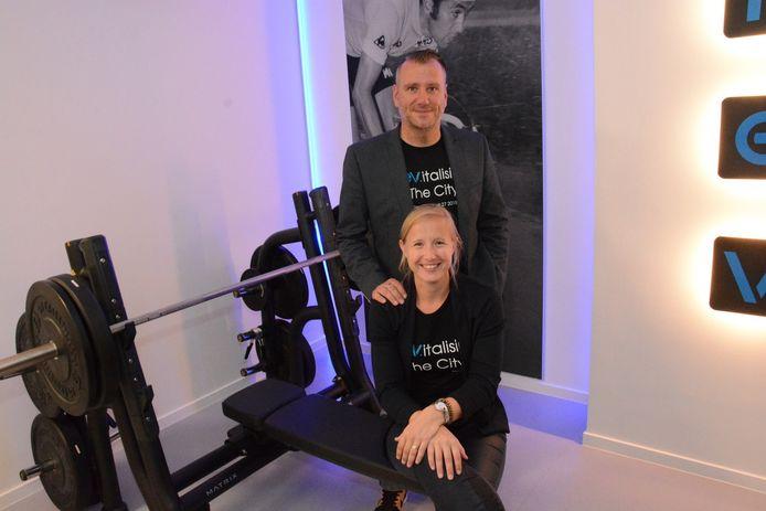 David Bombeke en Leen Van Damme in hun nieuwe trainingscentrum waar de nadruk ligt op sportprestaties.