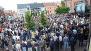 """Massaal afscheid Bjorg Lambrecht: """"Bomvol dorpsplein, maar het was beter voor een kampioenenhulde geweest"""""""