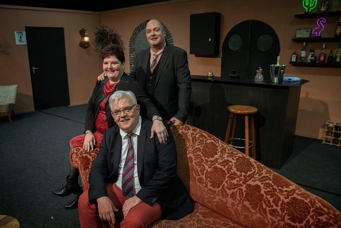 Maarten Waals (zittend), Silvia Driessen en Gerard Derix.