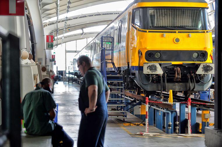 Een trein in de werkplaats van Nedtrain.  Beeld ANP