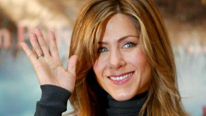 VIDEO. Vliegtuigje met sterren uit 'Friends' maakt noodlanding