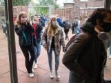 Middelbare scholen na kerstvakantie 'liefst weer gewoon open en op school lesgeven'