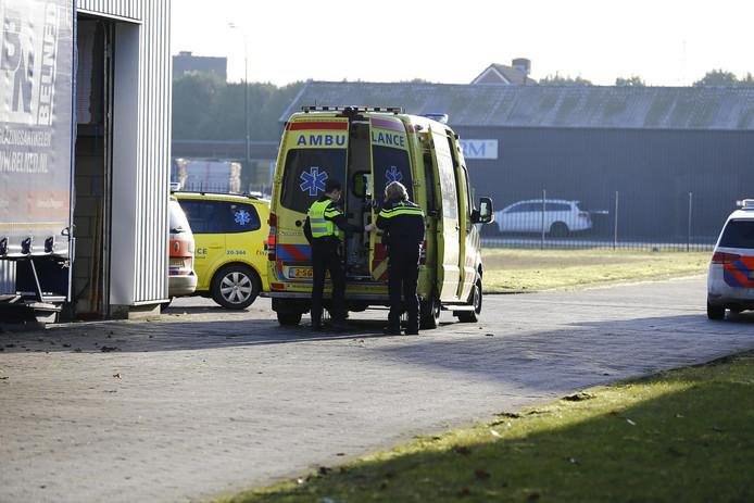 Man gewond bij bedrijfsongeval in Raamsdonksveer.
