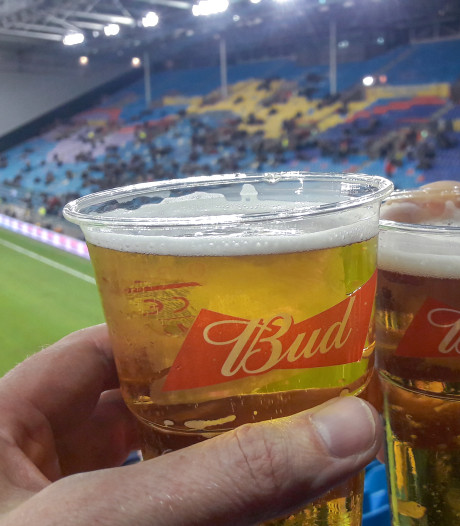 GelreDome verlaagt de bierprijs als Vitesse volle stadions trekt