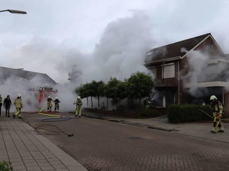 Verdachte van woningbrand in Raalte in 2020 voor de rechter