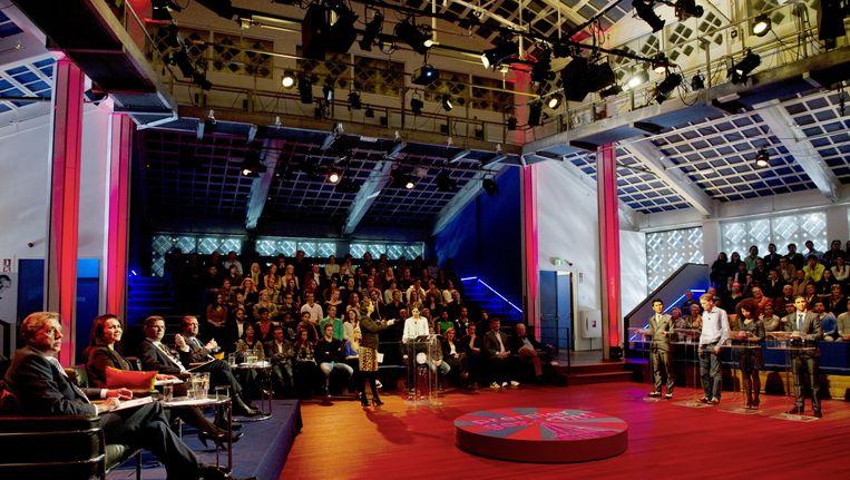 Ed Nijpels (eerste links) tijdens opnames van het VPRO-programma Premier Gezocht! in 2011. Beeld ANP Kippa