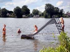 Zwemmen in De Wiel kan weer veilig: geen blauwalg meer in plas in Asperen