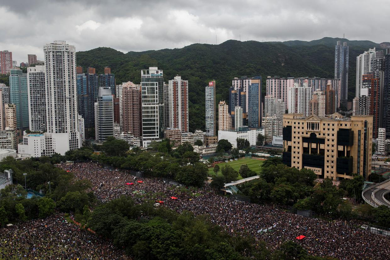 Massaal protest in Victoria Park tegen de uitleveringswet die het mogelijk maakt verdachten uit te zetten naar China en de groeiende macht van Beijing in het semiautonome Hongkong.