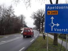 Bewegwijzering nieuwe rondweg leidt auto's voorlopig nog door Voorst