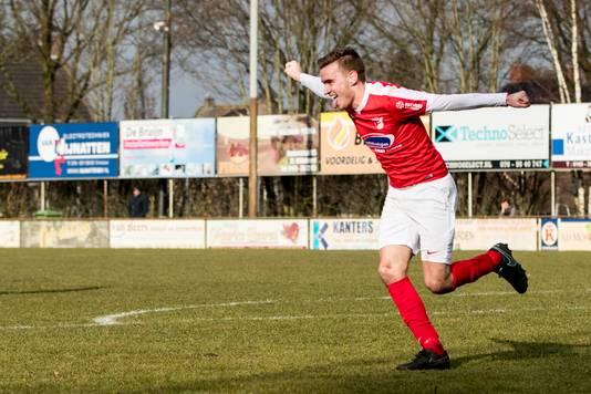 Sander Wirix na een treffer voor Rood-Wit.