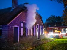 Flinke schade rietgedekte boerderij Oldebroek na brand