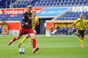 Nicolai Jørgensen scoort tegen Dortmund.