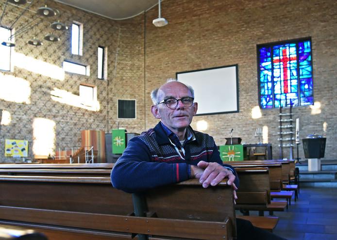 Nog een keertje organiseert Chris Ollebek de rommelmarkt in de Goede Herderkerk.
