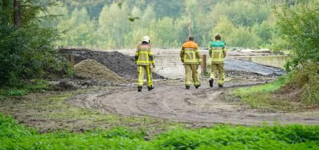 Brandweer laat giftig gas 'gecontroleerd ontsnappen' uit maisbult Voorst
