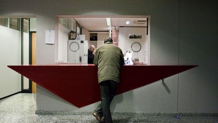 Een dakloze man in de nachtopvang. Archiefbeeld. Beeld Rink Hof