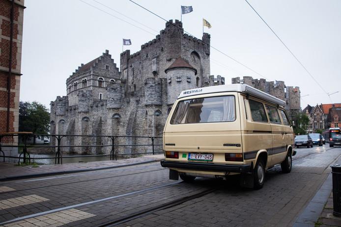 Gent, Gravensteen, dieselauto's, oude auto