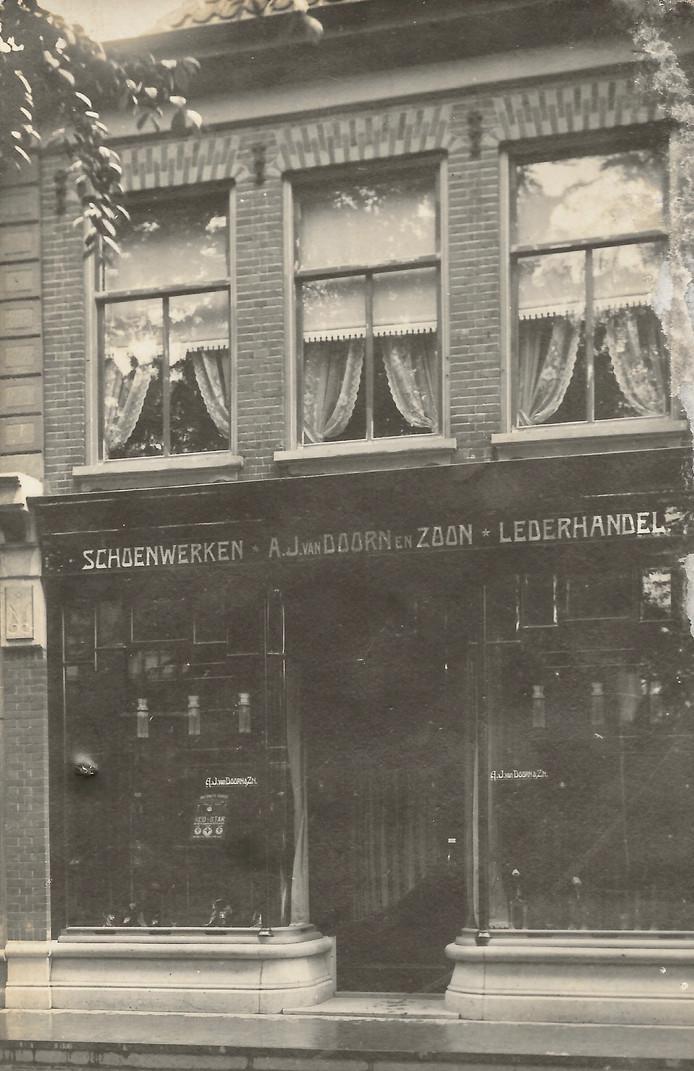 De Hoofdstraat 10 in Veenendaal.