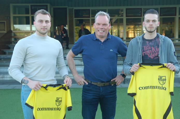 Ricardo Kuijer (links) en Jantje van der Sluis (rechts) vertrekken naar SV Zwolle.