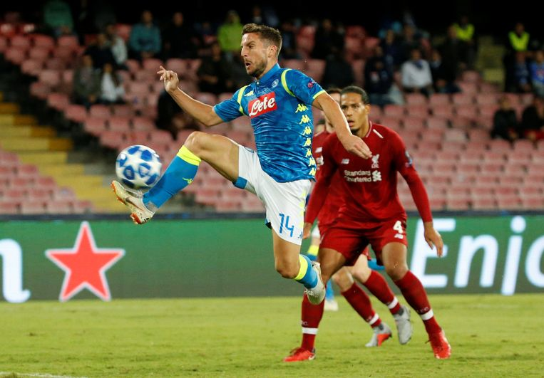 Soccer Football - Champions League - Group Stage - Group C - Napoli v Liverpool - Stadio San Paolo, Naples, Italy - October 3, 2018  Napoli's Dries Mertens in action  REUTERS/Ciro De Luca