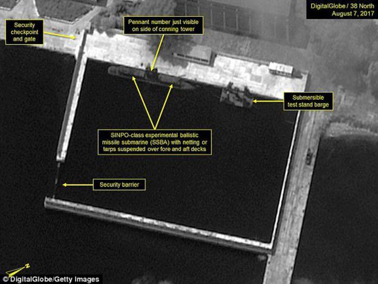 Satellietbeelden die eerder deze week werden genomen, tonen activiteit die erop zou kunnen wijzen dat Noord-Korea de ontwikkeling van zijn kernmacht vanop zee aan het versnellen is.