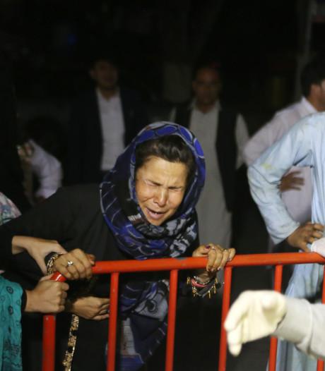 Zeker 63 doden, 182 gewonden door zelfmoordbom bij trouwerij Kaboel