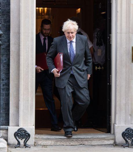 Les députés britanniques valident la loi qui fâche les Européens