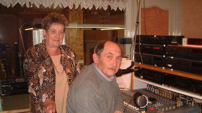 """Simone (80) 'haar' radiozender na 35 jaar: """"Zwartste dag van mijn leven"""""""