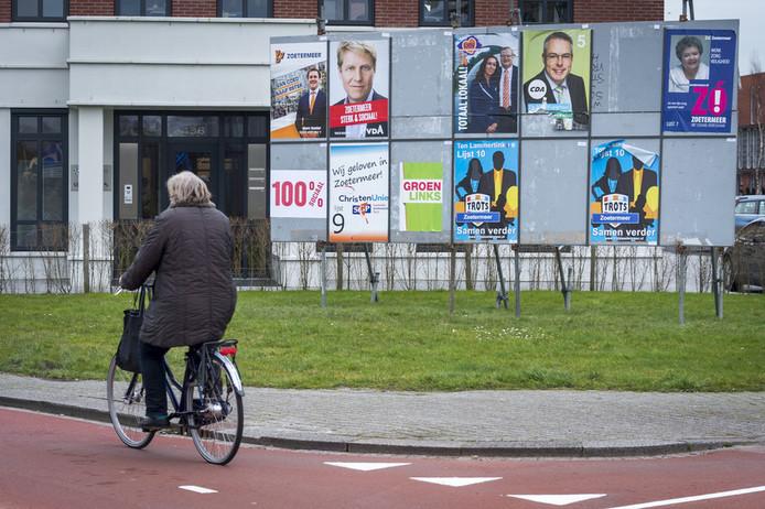 Verkiezingsaffiches in Zoetermeer.
