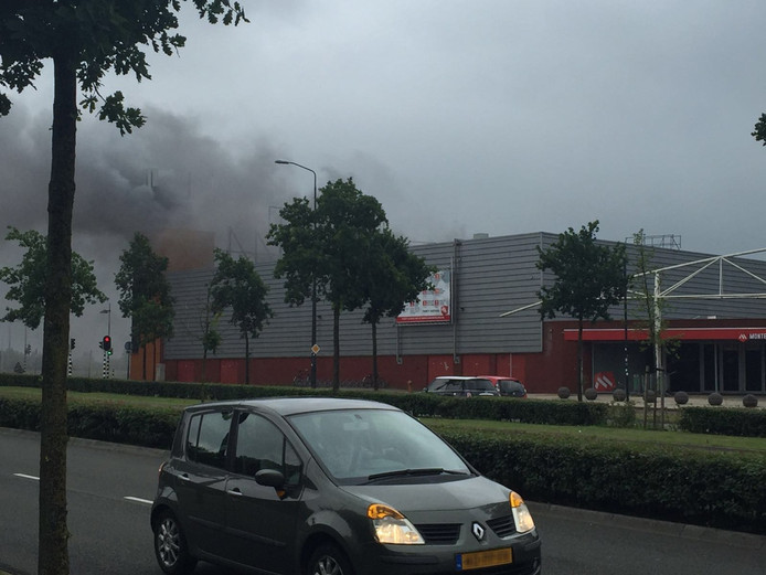 Brand bij Monte Carlo in Nijmegen.